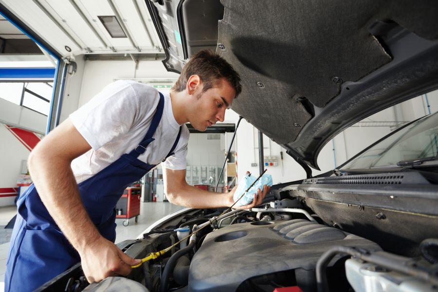 MGA Motori: Il tuo riferimento per l'assistenza Ford