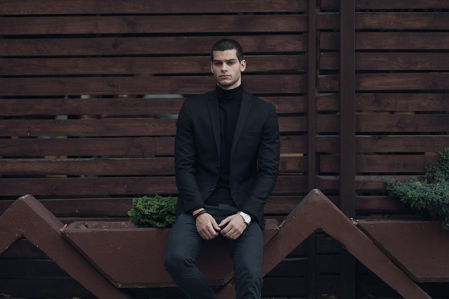 Abbigliamento uomo: scopri come abbinare capi e accessori